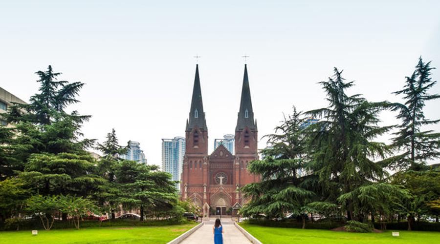 Catedral de Xujiahui y la basílica de Sheshan